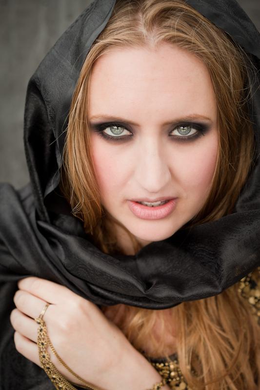 Samarbete med yiddish-sångerskan Louisa Lyne.